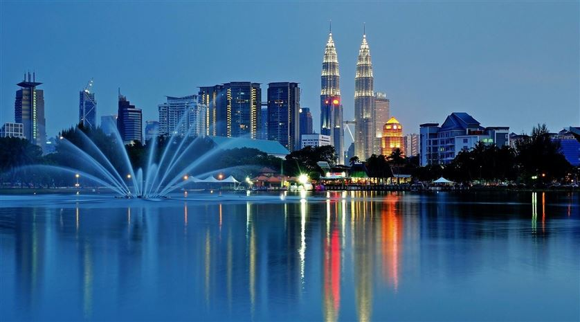 co-nen-du-hoc-malaysia