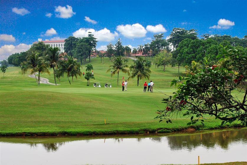 Nilai Spring golf course