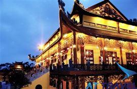 Tour Hà Nội - Chùa Ba Vàng - Chùa Yên Tử